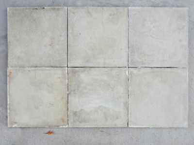 Blanc grisé - carreaux ciment anciens - white salvage concrete tiles - reclaimed cement tiles