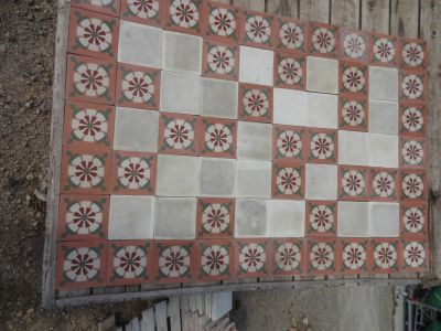 Rose d'Eté - carreaux ciment anciens - salvage concrete tiles - reclaimed cement tiles