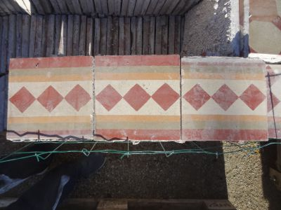 Frise Damier Monégasque - carreaux ciment anciens - salvage concrete tiles - reclaimed cement tiles
