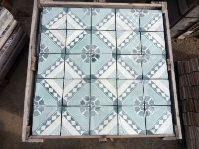 Frise Fleur Solaire Jaune - carreaux ciment anciens - salvage concrete tiles - reclaimed cement tiles
